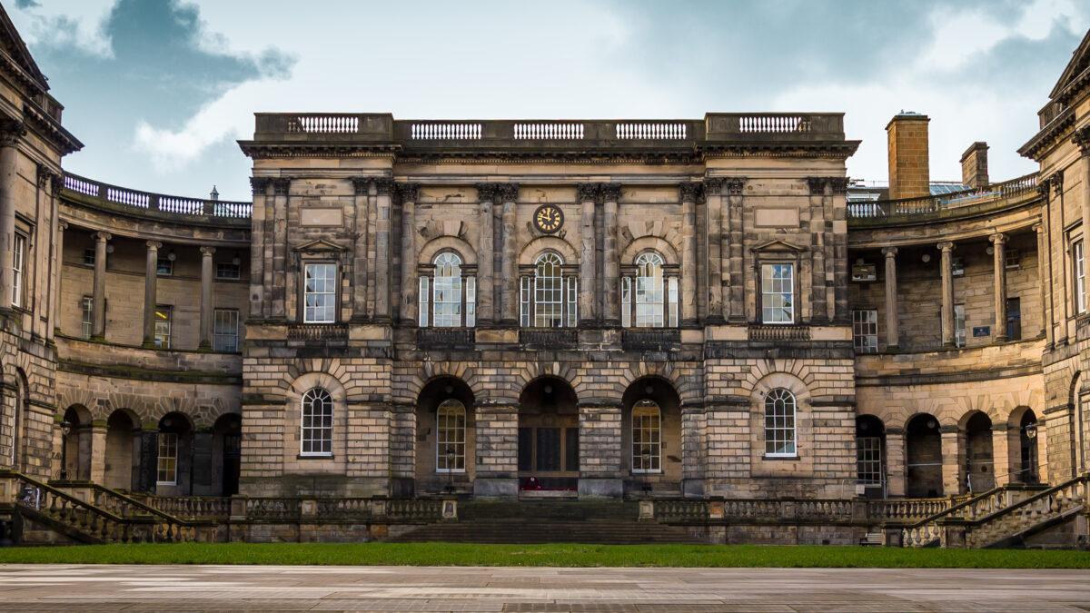 University of Edinburgh experts to join 'rapid response' to coronavirus
