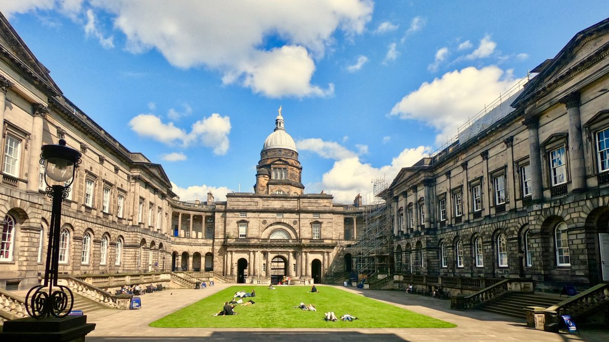 Scottish university strikes deal with Chinese cloud giant