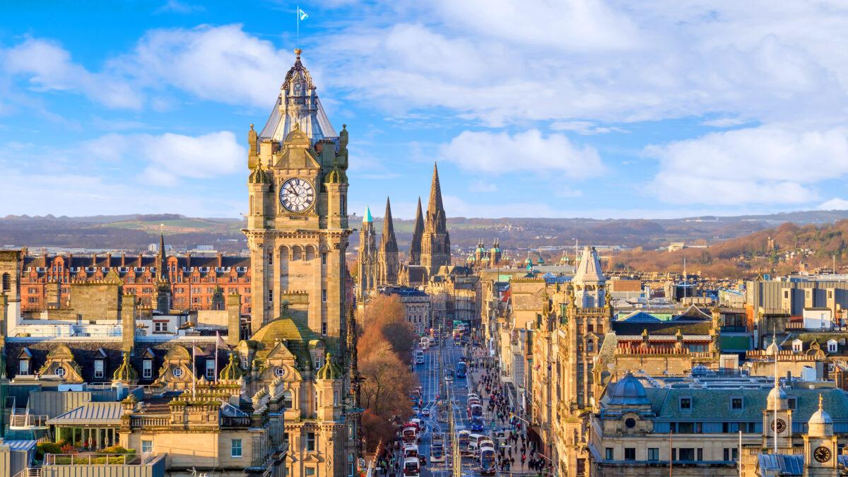 'First' gigabit broadband service piloted in Edinburgh