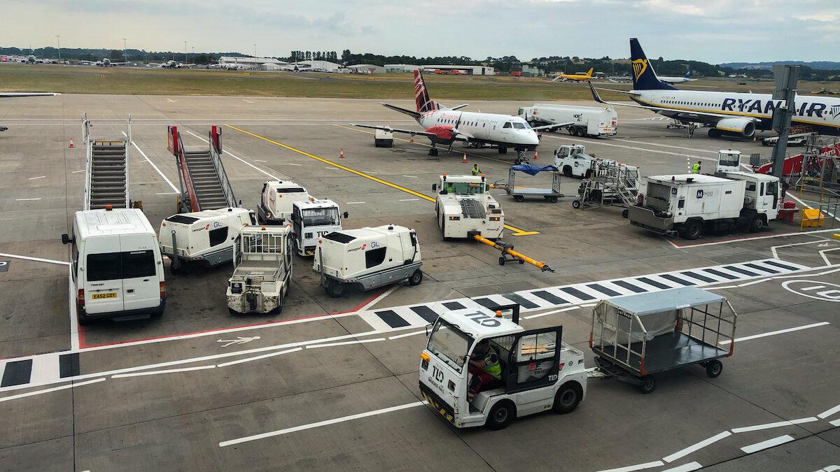 Scotland's leading airport operators blast 'pen and paper' Covid vaccination certificates