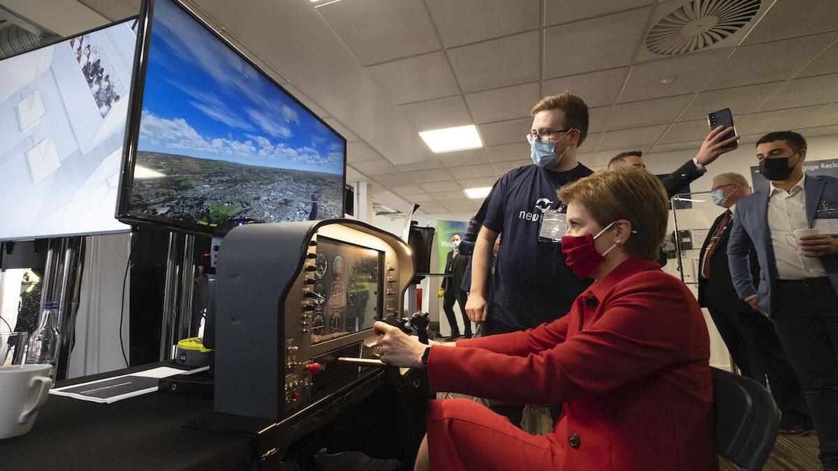Nicola Sturgeon announces UK's first aviation STEM academy